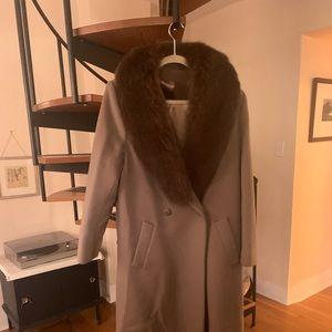 Vintage long wool coat with fur trim